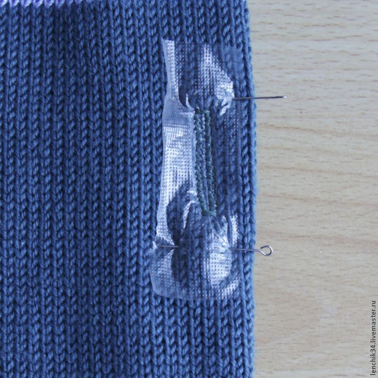Пуговицы на вязанных изделиях