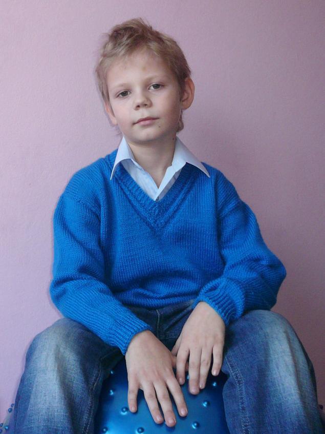 вяжем детям свитерочки