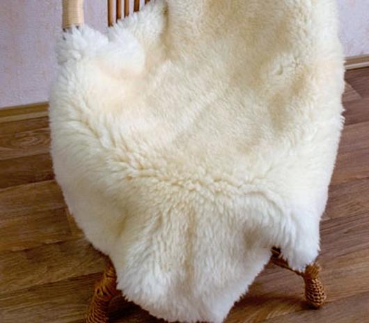кресла с покрывалами