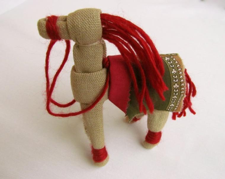 Лошадка мотанка своими руками 22