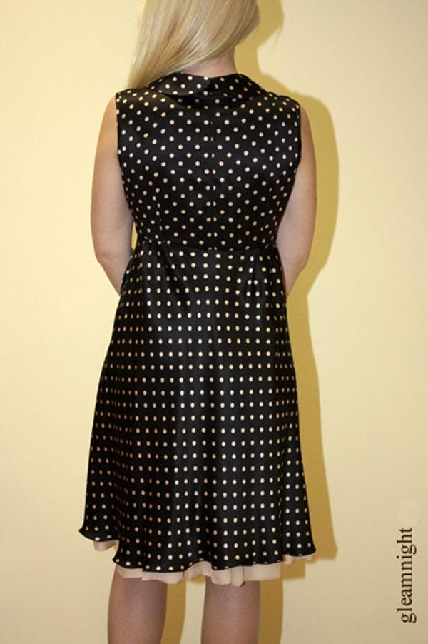 Шёлковое платье в горошек