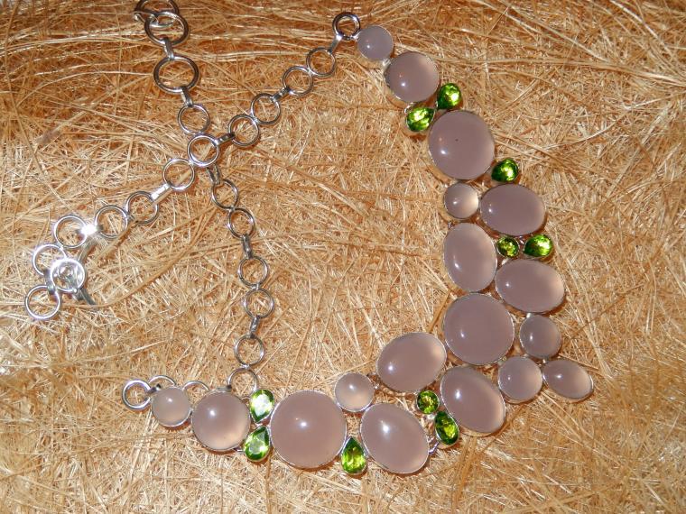 аукцион на украшения, розовый кварц, нежность, подарок на день рождения, украшения со скидкой