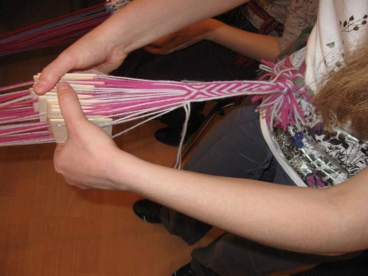 ткачество на дощечках, рукоделие