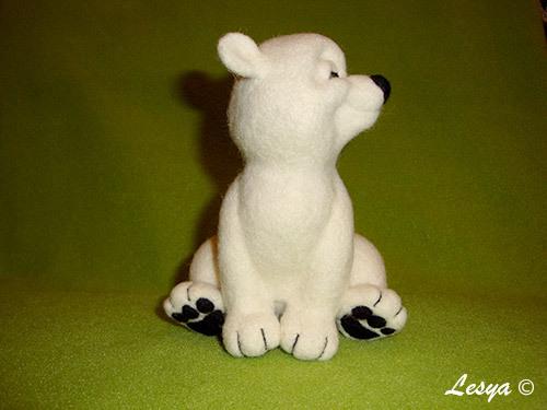 Мастер-класс по валянию игрушки медвежонка этап 57