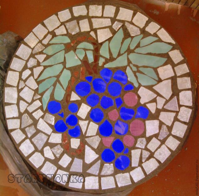 Мозаика из битой плитки на цемент на цемент