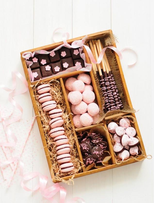 Коробки с печеньем в подарок на новый год