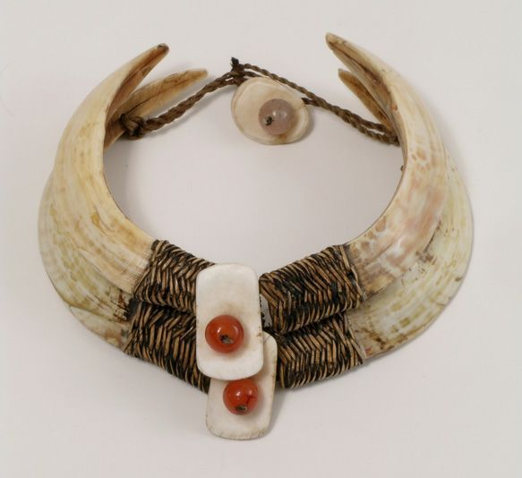 India | Naga Warrior necklace; made from boar's tusks, fiber, shell and glass beads | 20th century.  Nagaland | 1,250$