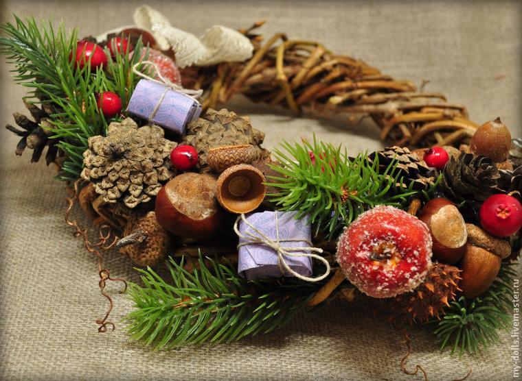 Новогодние венки из лозы своими руками