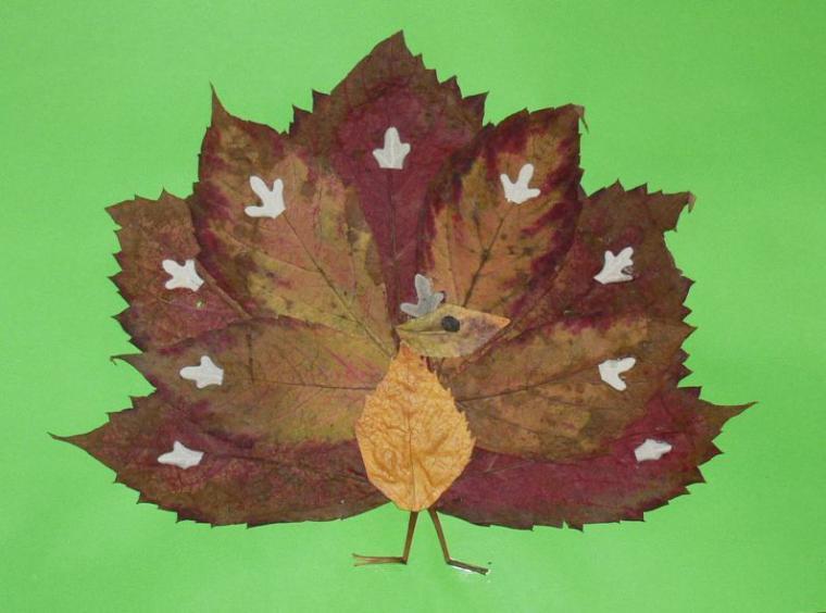 Поделки своими руками из листьев деревья