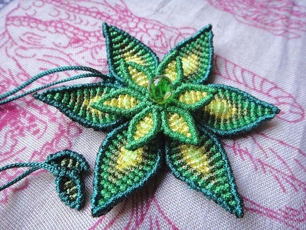 плетеные цветы