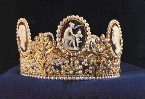 тиара, корона свадебная