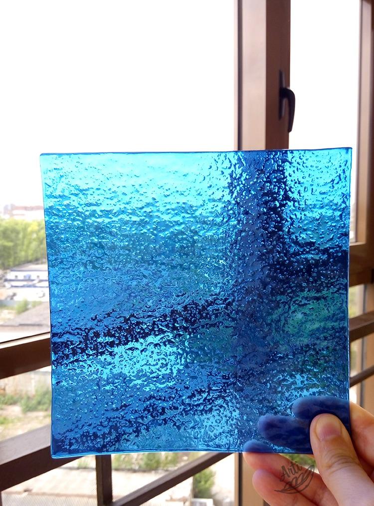 синий цвет, цветное стекло