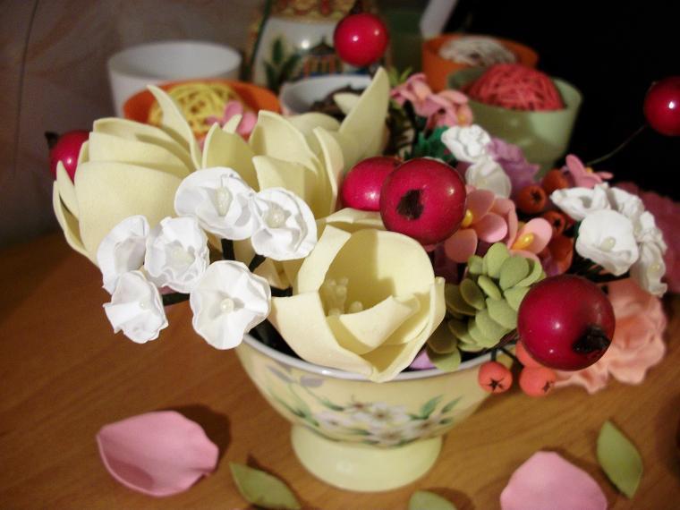 пластичная замша, цветы ручной работы