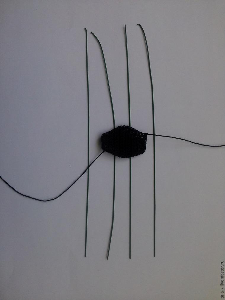 вязаный паук