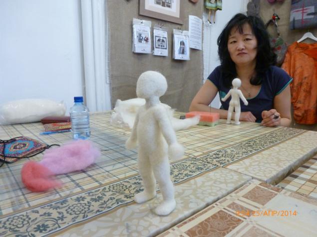 кукла из шерсти