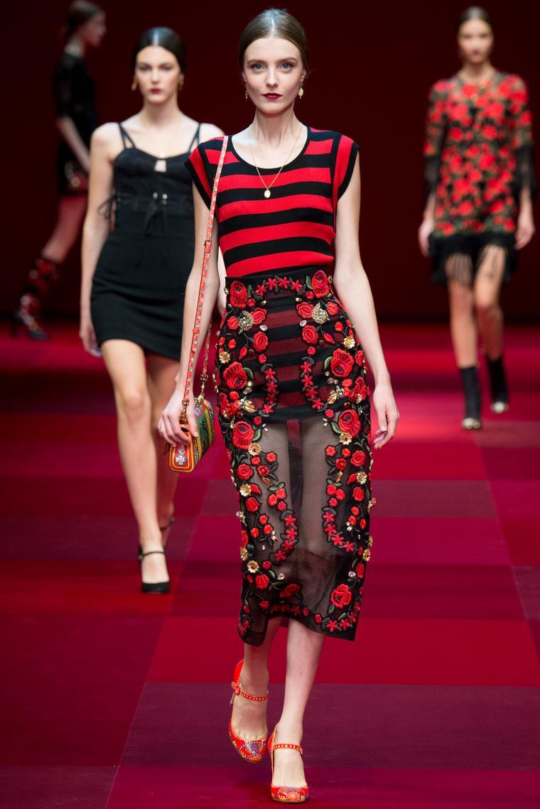 Spanish Fashion: Ladies Edition - Young Adventuress 67