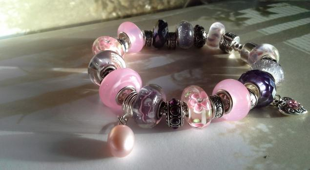 розовый браслет, авторские бусины lampwork, изысканное украшение