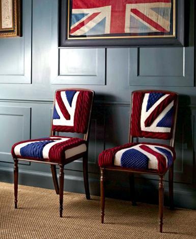 Вязанные стулья для вязанного  интерьера