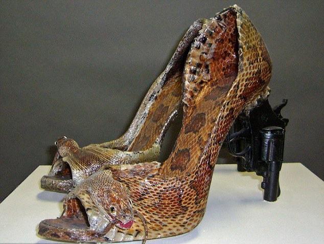 обувь, конь, необычная обувь