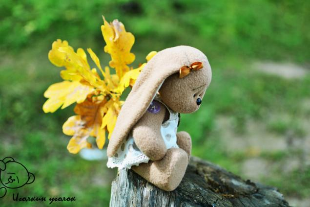 Заяц осенью в листьях картинки