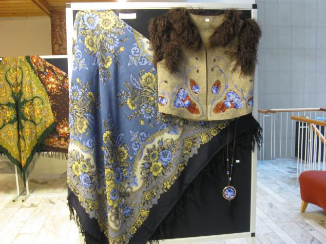 павловский платок, сумки