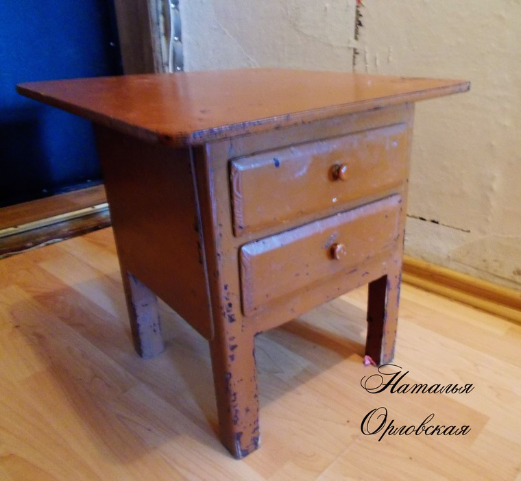 тумбочка, старая мебель