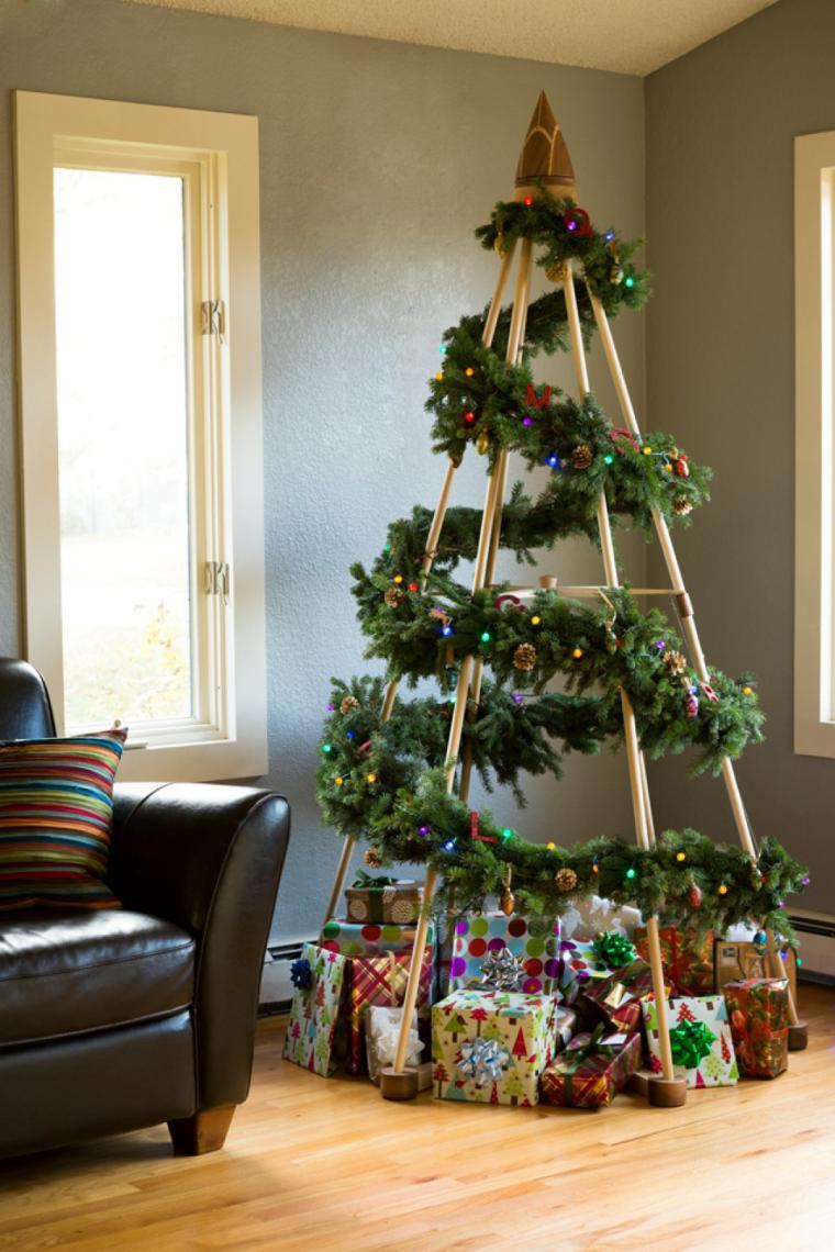 О как украсить елку своими руками