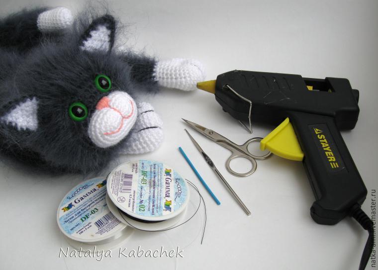 Как сделать усы для игрушки мк