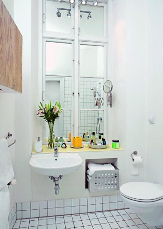 Окно в ванной комнате своими руками 253