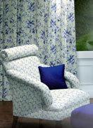 Подбор текстиля для оформления штор и обивки кресла