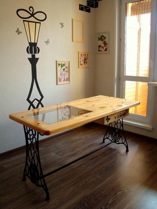 Столы своими руками из старой швейной машинки