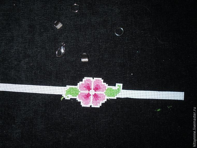 Как сделать браслет с вышивкой «Весеннее настроение», фото № 6