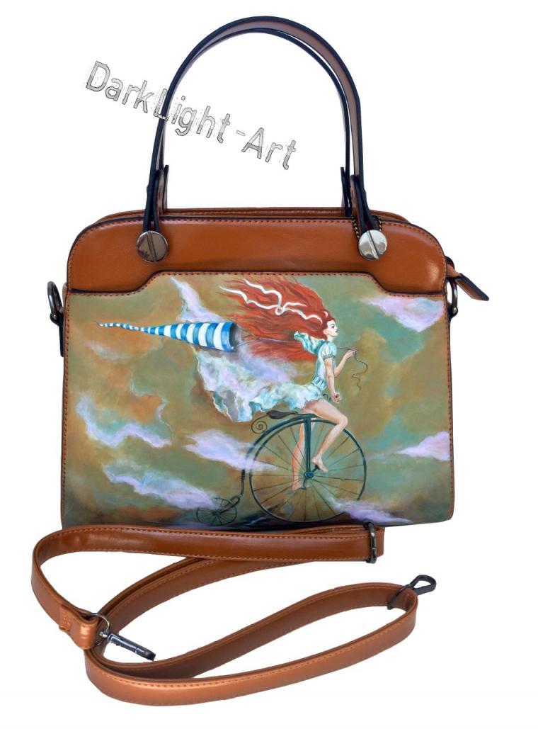 новости магазина, новинка магазина, сумка женская, сумка из натуральной кожи, сумка с рисунком, карамель, ручная роспись, облака, фантазия, велосипед, яркие сумки, креатив