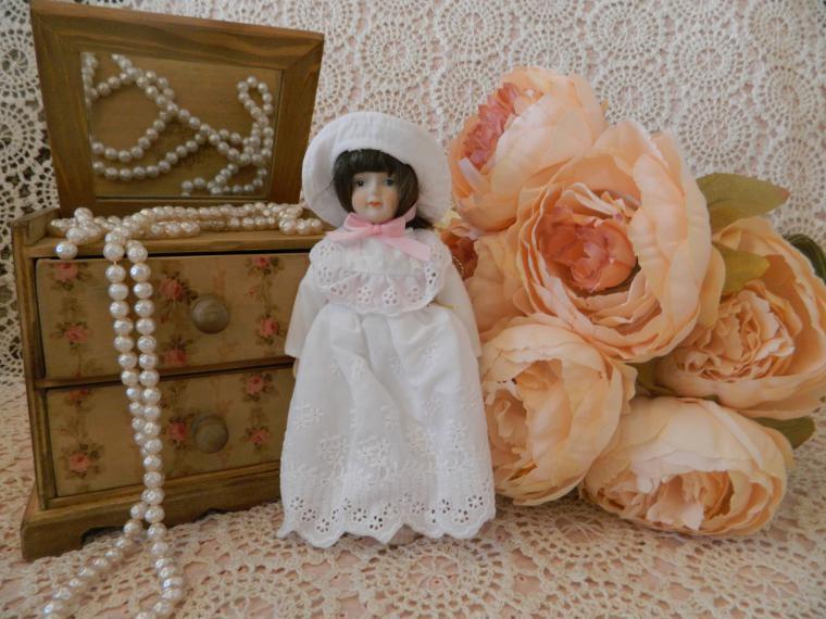 аукцион, аукцион сегодня, аукцион на куклу, коллекционная кукла, коллекция, фарфоровая кукла, фарфор, миниатюра
