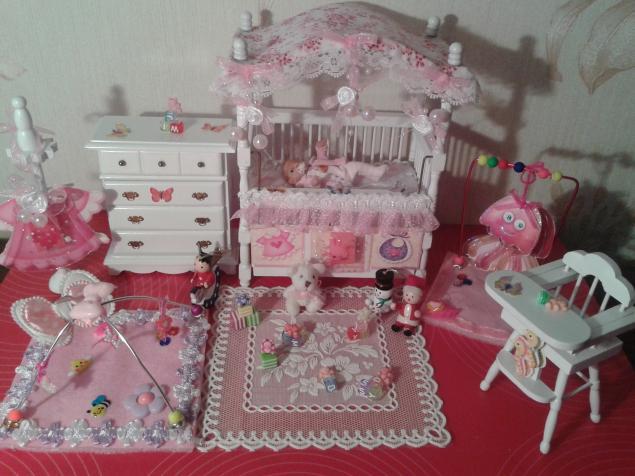 кукольный домик, коляска