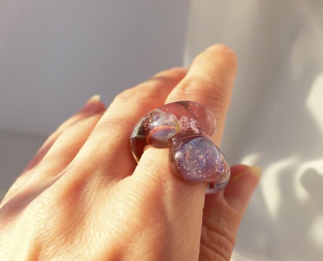 кольцо из стекла