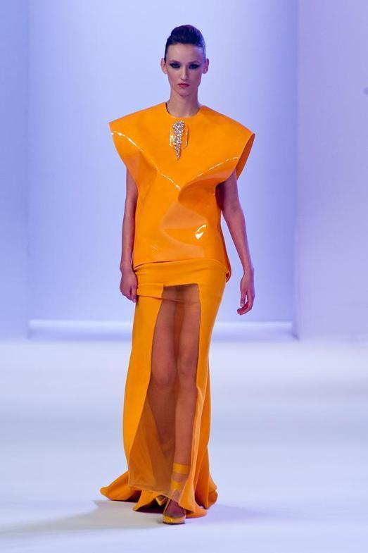 Stephane Rolland Haute Couture весна-лето 2014, фото № 14
