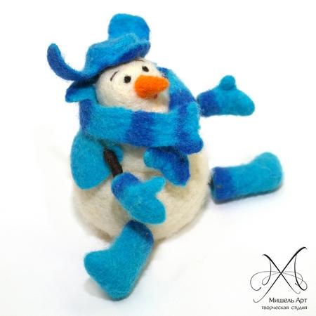 Снеговик. Мастер-класс по валянию, фото № 2