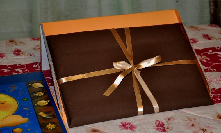 картина маслом, упаковка, праздничная упаковка