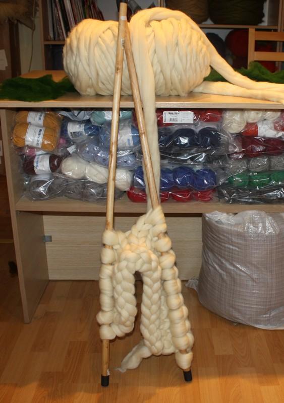 Огромные спицы для вязания пледов