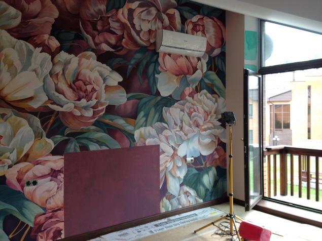 цветы на стенах