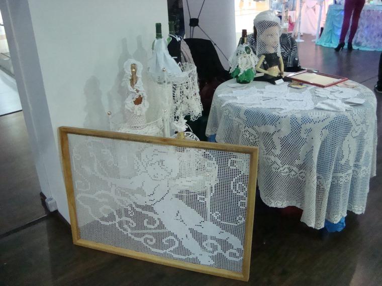 мир свадьбы, декор стола на свадьбу, вязаные митенки, мадам