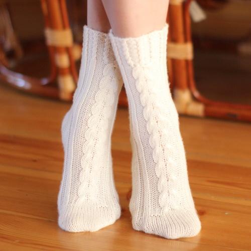 связать носки, гольфы, мериносовая шерсть, домашние, с юбкой