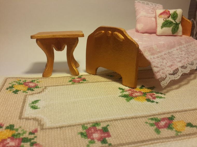 миниатюрная вышивка, вышитый коврик, вышивка миниатюры