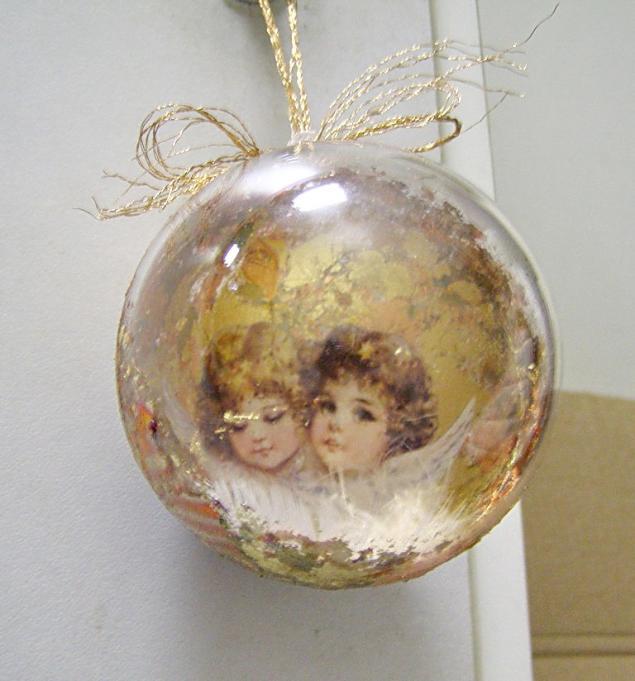 Декупаж новогодних шаров с фотографией мастер класс