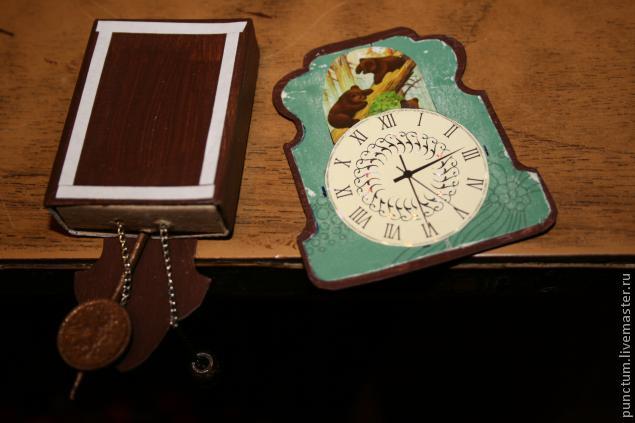 Часы-ходики из спичечного коробка в кукольный дом, фото № 9