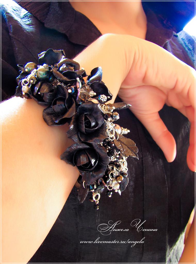 браслет готические розы