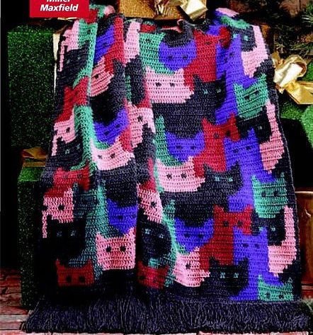 Wow, I have never seen this one #cats #crochet #blanket #afghan