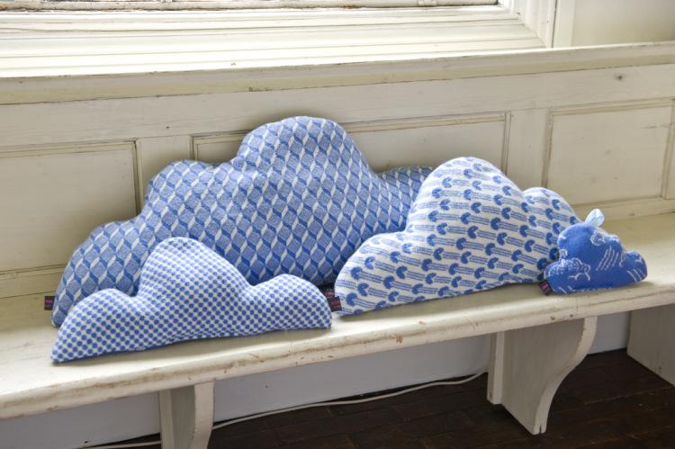 Украшаем интерьер подушками: 32 забавных варианта. Обсуждение на LiveInternet - Российский Сервис Онлайн-Дневников