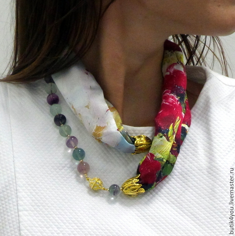 подарок женщине, дресс код, колье-платок